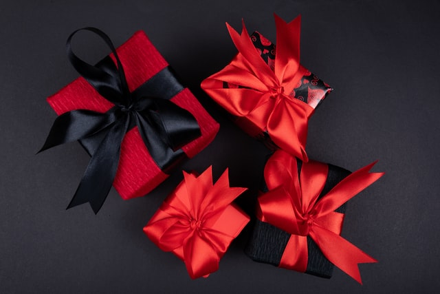 Top 9 DIY Gifts for Girlfriend – Make Her Happy!