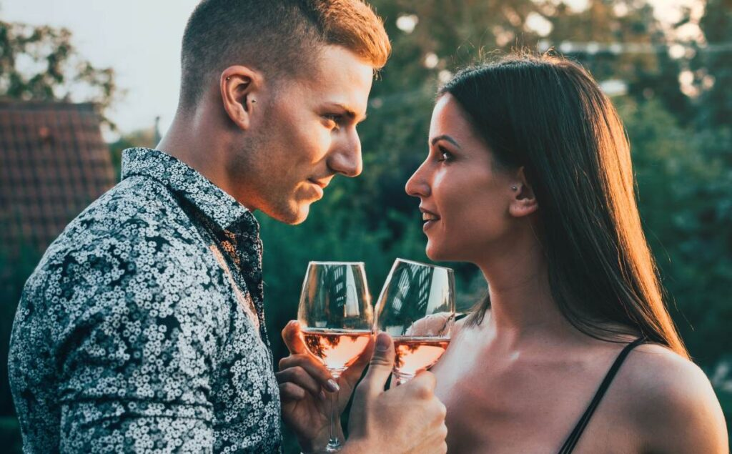 Couple with glasses of wine - dating after divorce